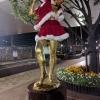 田端駅の女性像